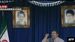 سخنرانی محمود احمدینژاد در شهر کرد. ۹ نوامبر ۲۰۱۱