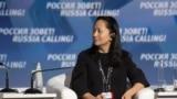 Ванчжоу Мэн Орусиядагы инвестициялык форумга катышканда. Москва, 2-октябрь, 2011-жыл.