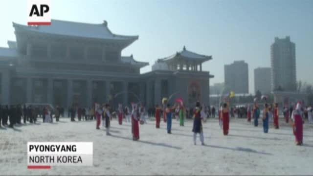 Koreja Veriore feston lansimin e raketës
