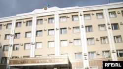 Қостанай облыстық сотының ғимараты. 10 шілде 2009 жыл.