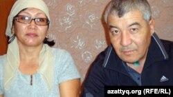 Нұрлыбек Нұрғалиев пен жары Гүлжамал. Жаңаөзен 15 қаңтар 2012 ж.