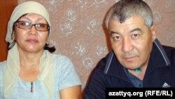 Нурлыбек Нургалиев с женой Гульжамал Нургалиевой. Жанаозен, 15 января 2012 года.