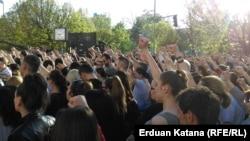 """""""Svih ovih godinavlast je imala podanike koji su ćutali i trpili. Sada se suočavaju sa iskazivanjem drugačijeg mišljenja"""", ocjenjuje analitičarka Tanja Topić. (na fotografiji: protest građana u Banjaluci, 2018.)"""