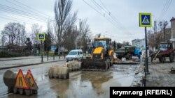 Дорожные работы в Керчи, иллюстрационное фото