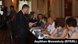 Қарасай аудандық сайлау комиссиясы. Алматы облысы, 7 тамыз 2013 жыл.