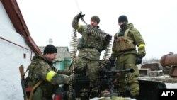 Украин аскерлеринин Мариуполдун жанындагы майдан тилкеси. 26-январь, 2015-жыл.