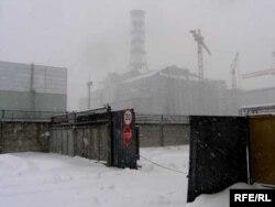 Саркафаг на 4-м рэактары Чарнобыльскай АЭС