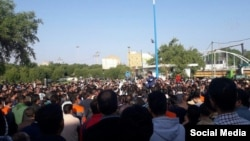 Ahvaz Steel factory workers protesting in large numbers in November.