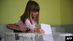 Glasanje u Gračanici, 6. maj 2012.