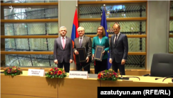 (From left to right) Armenian President Serzh Sarkisian, Armenian Minister of Foreign Affairs Edward Nalbandian, High Representative of the European Union for Foreign Affairs and Security Policy Federica Mogherini and President of the European Council Donald Tusk pose for a photo after the signing of the EU-Armenia Agreement, Brussels, 24Nov., 2017