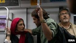 صحنهای از فیلم قصهها از رخشان بنی اعتماد