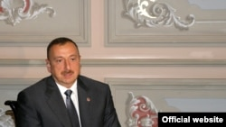 Turkey -- President Ilham Aliyev interviewed by Azerbaijani journalists in Istanbul, 08Jun2010