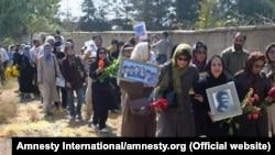 تجمع خانواده قربانیان سال ۶۷ در گورستان خاوران