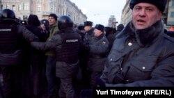 Российская полиция за работой. 31 января 2011 года