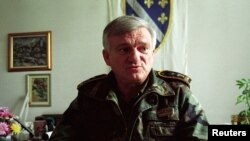 ბოსნიის არმიის აწ უკვე გადამდგარი გენერალი, იოვან დივიაკი