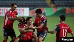 Конечно, более всего удивила сборная Армении – две победы. Одна из них над сборной Словакии со счетом 3:1, другая победа - над сборной Андорры 4:0