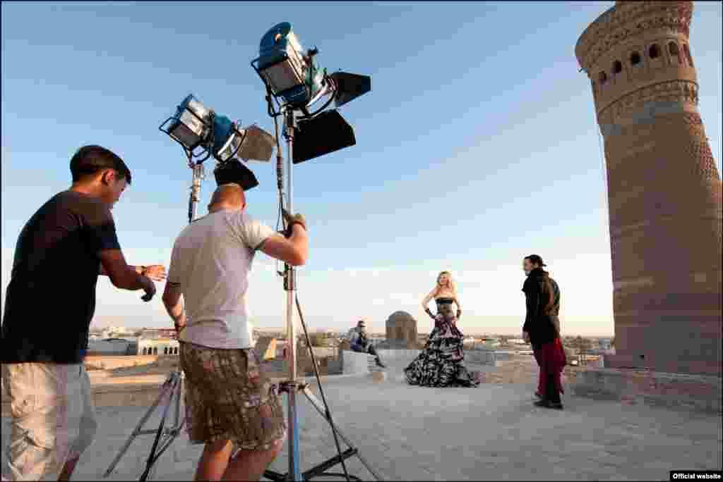 "Gulnara Karimova, the daughter of Uzbek leader Islam Karimov, exploited Bukhara's beauty as a backdrop for the video to her latest single, ""Round Run."""