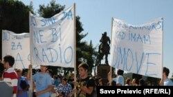 Protest studenata ispred crnogorskog parlamenta, oktobar 2011.