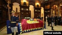 Președintele Nicolae Timofti la ceremonia funerară de la Castelul Peleș, Sinaia, 10 august 2016