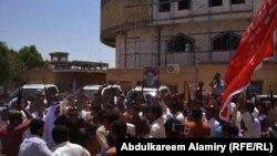 حضور نیروهای داوطلب عراقی برای مقابله با شبه نظامیان داعش