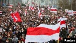 Minszki tüntetés a belarusz elnökválasztások eredménye miatt, 2020. október 4-én