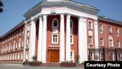 Здание мэрии города Душанбе.