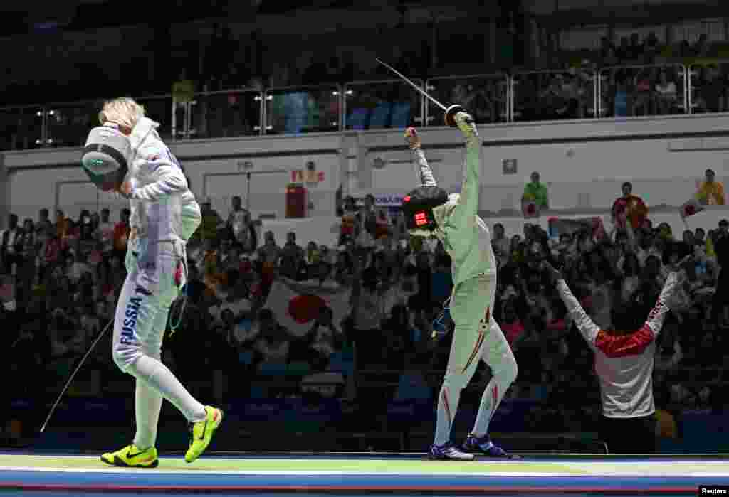 В рамках попередніх змагань турніру з фехтування на Олімпіаді-2016 японка Нодзомі Сато перемогла мексиканку Алехандру Теран з рахунком 15:12