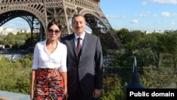 Ադրբեջանի նախագահ Իլհամ Ալիևը տիկնոջ հետ Փարիզում․ արխիվ: