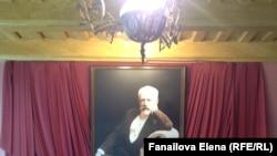 Çaykovskinin ev muzeyində onun portreti