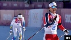 Шарлотта Калла (слева) на Олимпиаде в Сочи