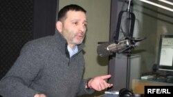 По мнению депутата Давида Дарчиашвили, задержание Вано Мерабишвили, конечно же, пахнет политикой, тем более на фоне других событий последнего времени