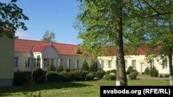 Сярэдняя школа вёскі Гошчава Івацэвіцкага раёну