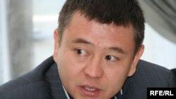 Мұхтар Тайжан, Болатхан Тайжан қорының президенті. Aлматы, 25 мамыр 2010 жыл.