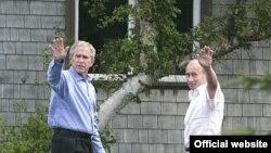 Hər iki lider sammitin açıq və dost mühitində keçdiyini qeyd ediblər