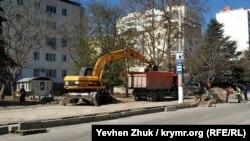 На проспекте Победы идет ремонт тротуаров