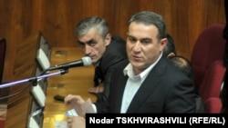 """Грузияның оппозициялық """"Бірыңғай ұлттық қозғалыс"""" партиясының депутаты Нугзар Циклаури."""