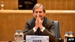 Poseban izazov za Vučića vlast na svim nivoima u Srbiji u njegovoj partiji: Johanes Han