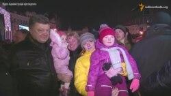 Poroşenko memleketniñ baş naratını ziyaret etti (video)