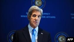 Государственный секретарь США Джон Керри. Стамбул, 7 апреля 2013 года.