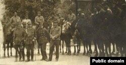 Станіслаў Булак-Балаховіч сярод польскіх афіцэраў