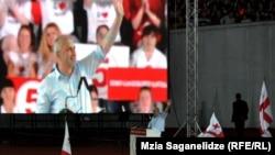 """Мандаты трех мажоритарных округов – шанс для """"Нацдвижения"""" еще больше отдалить """"Грузинскую мечту"""" от желанного конституционного большинства в парламенте"""