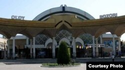 """Алайский"" рынок в Ташкенте."