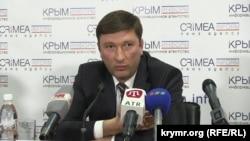Заур Смирнов, архівне фото