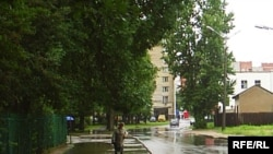 Ходнікі на вуліцы Афіцэрскай патанулі.