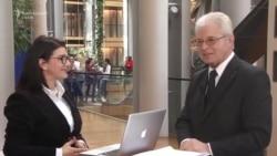 În direct de la Strasbourg: cu Heinz K. Becker