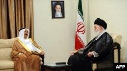 شیخ صباح بارها به ایران سفر کرده بود. دیدار او با آیتالله علی خامنهای، رهبر جمهوری اسلامی، در روز ۱۲ خرداد ۱۳۹۳