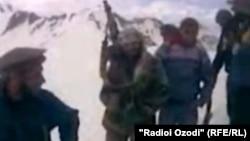 фото из видео материала боевиков