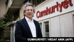 Головний редактор газети Cumhuriyet Джан Дюндар