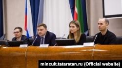 Слева направо: Ильяс Камал, Данияр Соколов, Василиса Шмелева, Ильдар Камалов