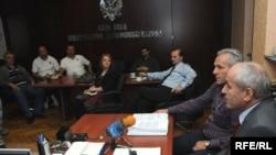 Ministar Branko Vujović sa predstavnicima KAP-a, april 2010, foto:Savo Prelević